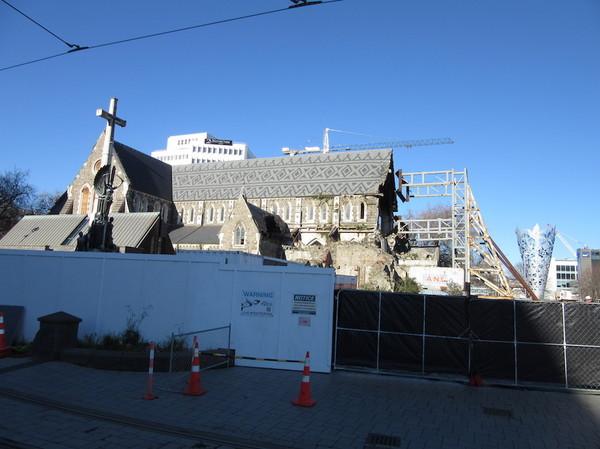 IMG_6984教会修理中.jpg