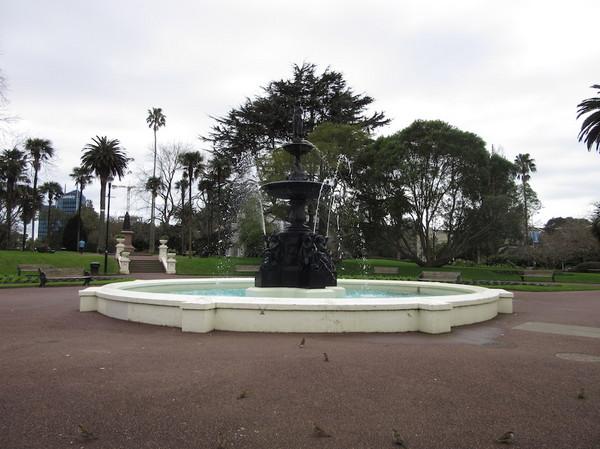 IMG_7077公園噴水.jpg