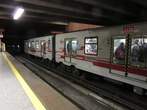 IMG_7162地下鉄車両.jpg