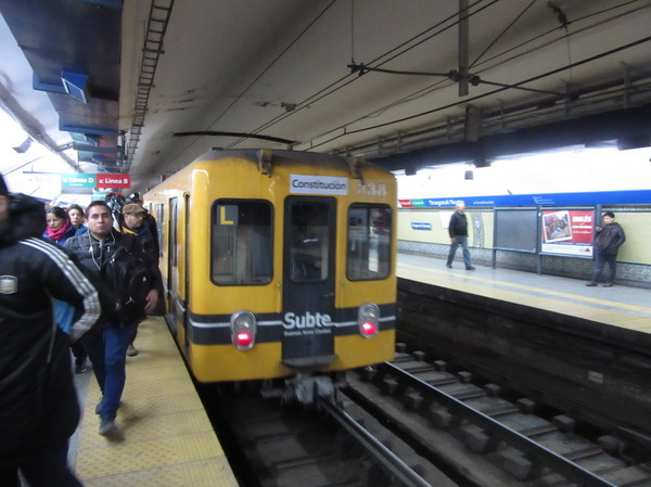 IMG_7334地下鉄車両.jpg