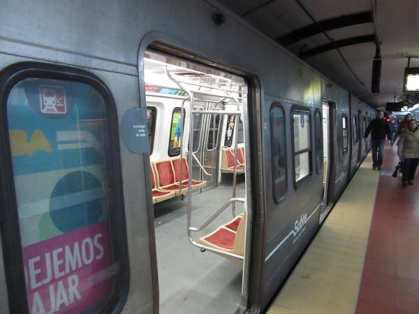 IMG_7358地下鉄車両.jpg