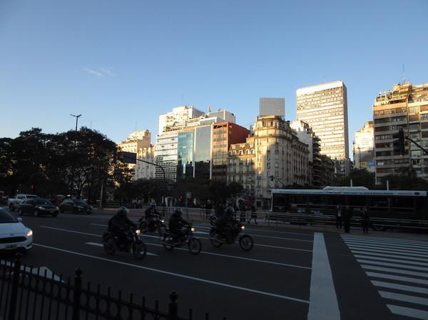 IMG_7697大通り.jpg