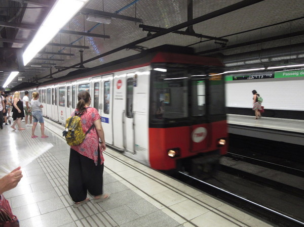 IMG_8092地下鉄.jpg