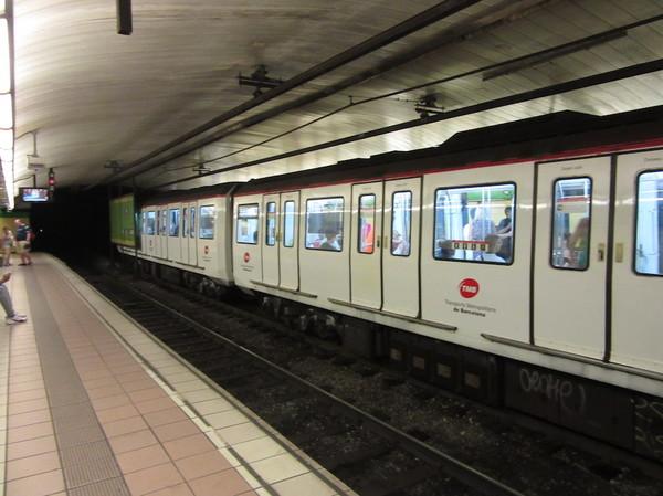 IMG_8129地下鉄.jpg