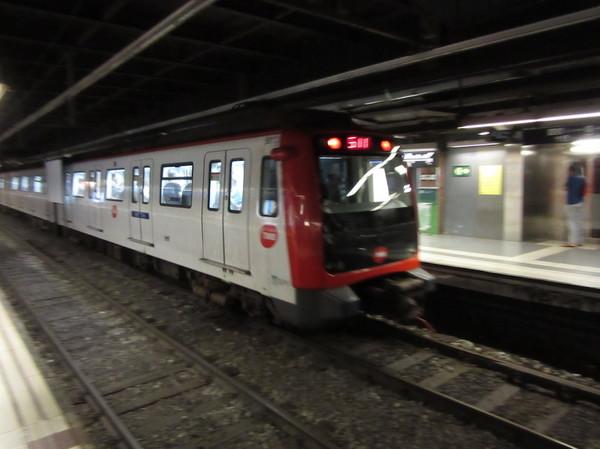 IMG_8146地下鉄車両.jpg