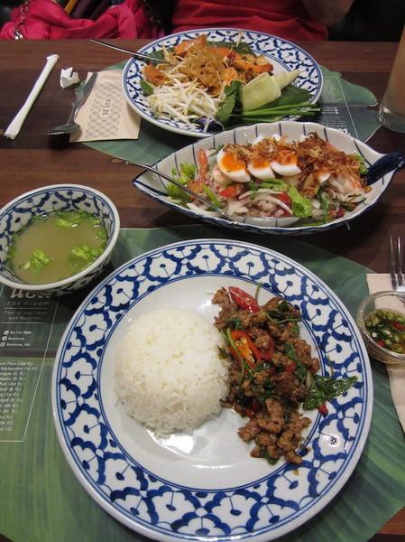 IMG_8526昼食.jpg